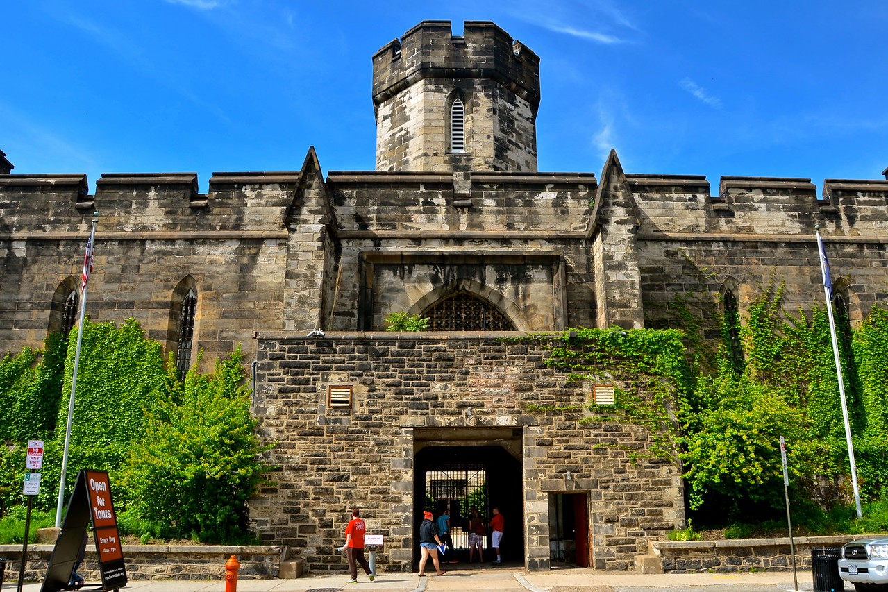 eastern state penitentiary entrance